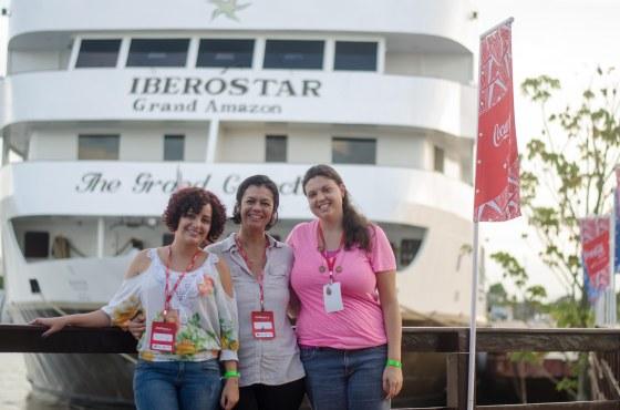 Com a Isa e Paulinha, da FAS, ainda em Parintins