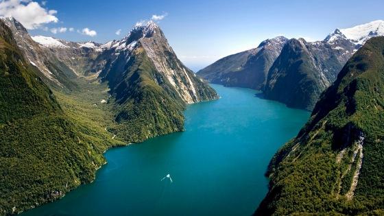 New Zealand South Island Fiordland National Park Milford Sound